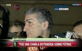 Edgardo Bauza volta de Buenos Aires e diz que aceitaria dirigir a seleção da Argentina