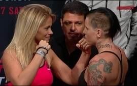 Vanzant x Rawlings - Pesagem encarada UFC Vancouver