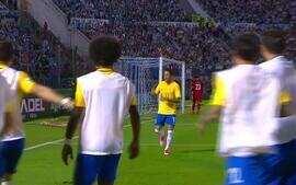 Neymar faz golaço e comemora com lance de CS:GO