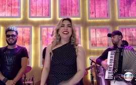 Naiara Azevedo canta '50 Reais'