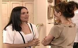 Maria Eduarda e Helena conversam sobre a decisão de Marcelo