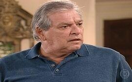 Branca e Marcelo revelam que sabem que Arnaldo tem uma amante