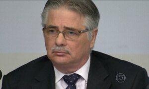 Conselho da Petrobras pede que MP investigue Gabrielli e mais 10