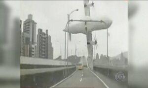 Continuam buscas por sobreviventes em acidente aéreo de Taiwan