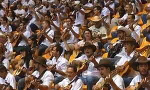 Evento reúne 520 violeiros em Minas para preservar a cultura caipira