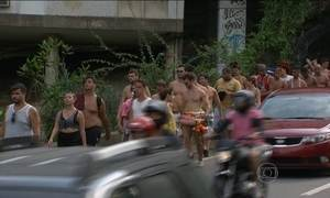Foliões reclamam do sufoco nos transportes públicos no Rio de Janeiro