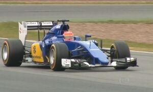 Torcida espera ansiosamente estreia de Felipe Nasr na Fórmula 1