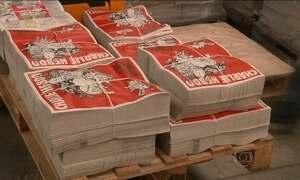 Jornal francês 'Charlie Hebdo' volta às bancas