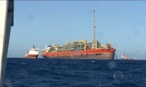 Sobe para 9 o número de mortos na explosão em navio-plataforma no ES