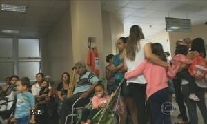 Em São Paulo, pacientes esperam horas por atendimento médico