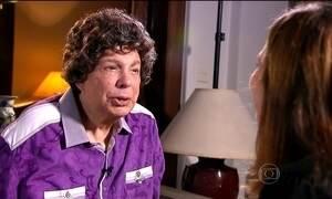 'Meu negócio é cantar', afirma Cauby Peixoto após ter alta do hospital