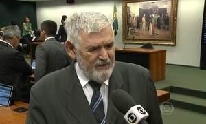 Deputados derrubam relatório contra a redução da maioridade penal