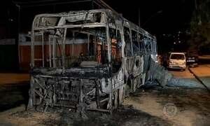 Jornal Hoje mostra o vandalismo nos ônibus em várias cidades do país
