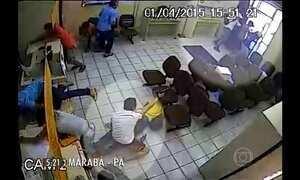 Câmera registra assalto em agência dos Correios em Marabá, PA