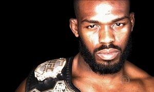 Jon Jones é suspenso por tempo indeterminado, deixa UFC e perde o cinturão