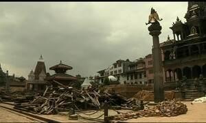 Brasileiros registram cenário de destruição no Nepal após terremoto
