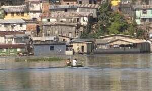 Cheia do Rio Negro põe parte de Manaus em situação de emergência