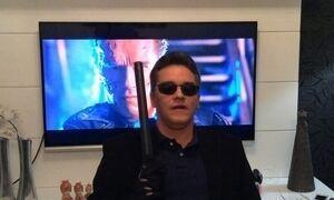 Telespectadores mandam vídeos inspirados em Arnold Schwarzenegger