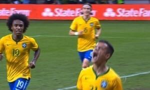 Brasil conquista a nona vitória do ano em jogo contra o México