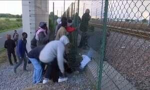 Reino Unido anuncia medidas para tentar reprimir imigração ilegal