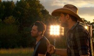 Fernando e Sorocaba gravam clipe em Nashville, nos EUA; veja trecho