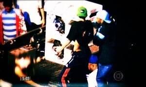 Drogas e sexo no meio da rua são cenas comuns nos pancadões de SP