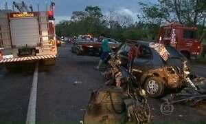 Acidente em Alto Piquiri (PR) mata sete pessoas e deixa cinco feridos