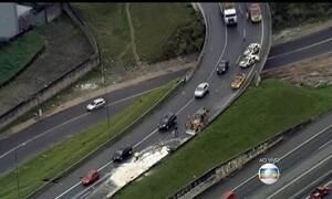 Acidente interdita parte de acesso do Rodoanel, em São Paulo