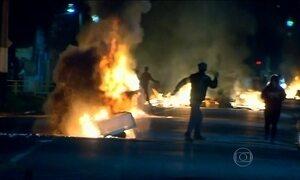 Confronto entre manifestantes e polícia deixa quatro feridos no Chile