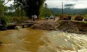 Chuva forte provoca estragos em Santa Catarina