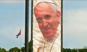 Papa Francisco faz sua primeira visita a Cuba