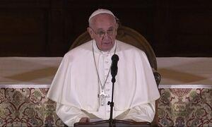 Papa Francisco encerra viagem aos Estados Unidos com discurso forte