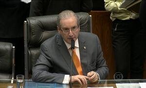 Eduardo Cunha negocia com o governo para salvar mandato