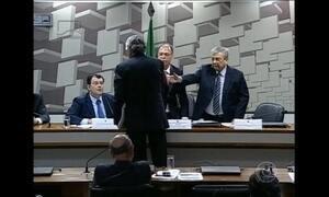 Ministro de Minas e Energia e líder do DEM trocam acusações no Senado