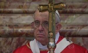 Livros com denúncias sobre o Vaticano mostram os desafios de Papa Francisco