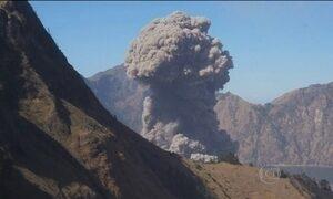 Vulcão fecha aeroporto de um dos principais destinos turísticos do sudeste asiático