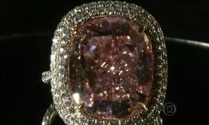 Chinês arremata diamante rosa por US$ 28,5 milhões