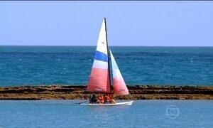 Praias do litoral sul de Maceió (AL) misturam relaxamento e aventura