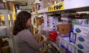 Moradores ganham desconto em troca de trabalho em mercado de NY