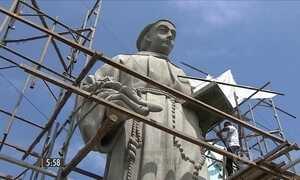 Escultura gigante de Santo Antônio está prestes a ficar pronta em Aracaju