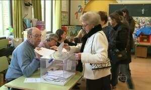 Pesquisas indicam que partido do governo venceu eleições legislativas na Espanha