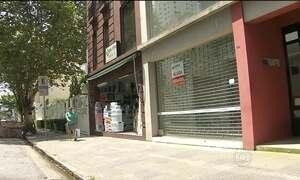 Crise no comércio fechou mais de 80 mil lojas no Brasil no ano passado