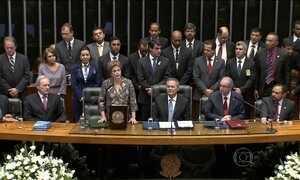 Dilma pede ajuda ao Congresso para o país superar a recessão