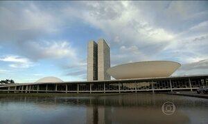 Senado aprova ampliação da licença-paternidade