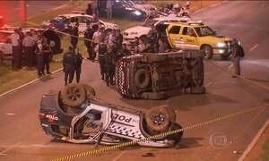 Perseguição policial a carro roubado termina em acidente, em Brasília