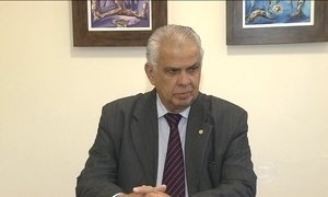 Presidente do Conselho de Ética quer derrubar decisão a favor de Cunha