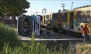 Quatro pessoas morrem em acidente entre ônibus e trem na Paraíba
