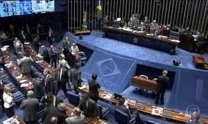 Renan antecipa escolha da Comissão do Impeachment no Senado