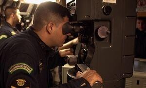 Hoje é dia de Marinha: viagem ao fundo do mar