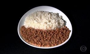 Alta do preço do feijão faz brasileiros mudarem cardápio tradicional